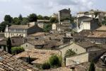 Französisch Dorf in der Landschaft