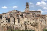 Kleines Dorf in der Toskana